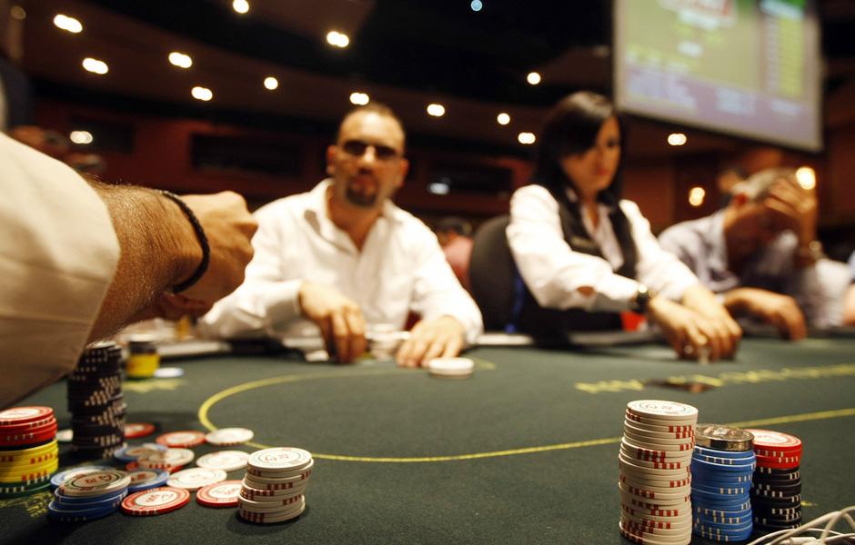 бет 352 казино